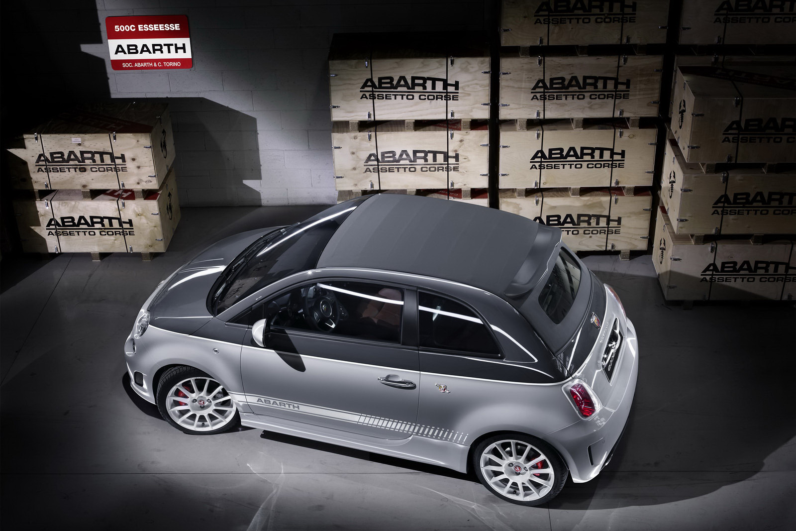 mondial de paris 2010 abarth 500c esseesse le ciel. Black Bedroom Furniture Sets. Home Design Ideas