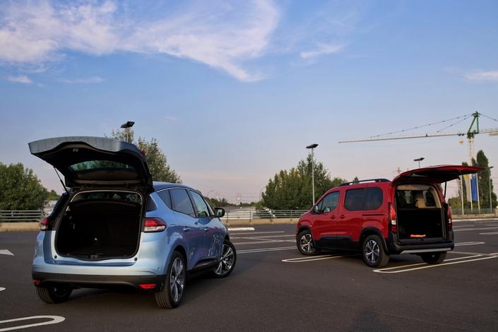 Comparatif - Peugeot Rifter VS Renault Scénic : familles, ils vous aiment