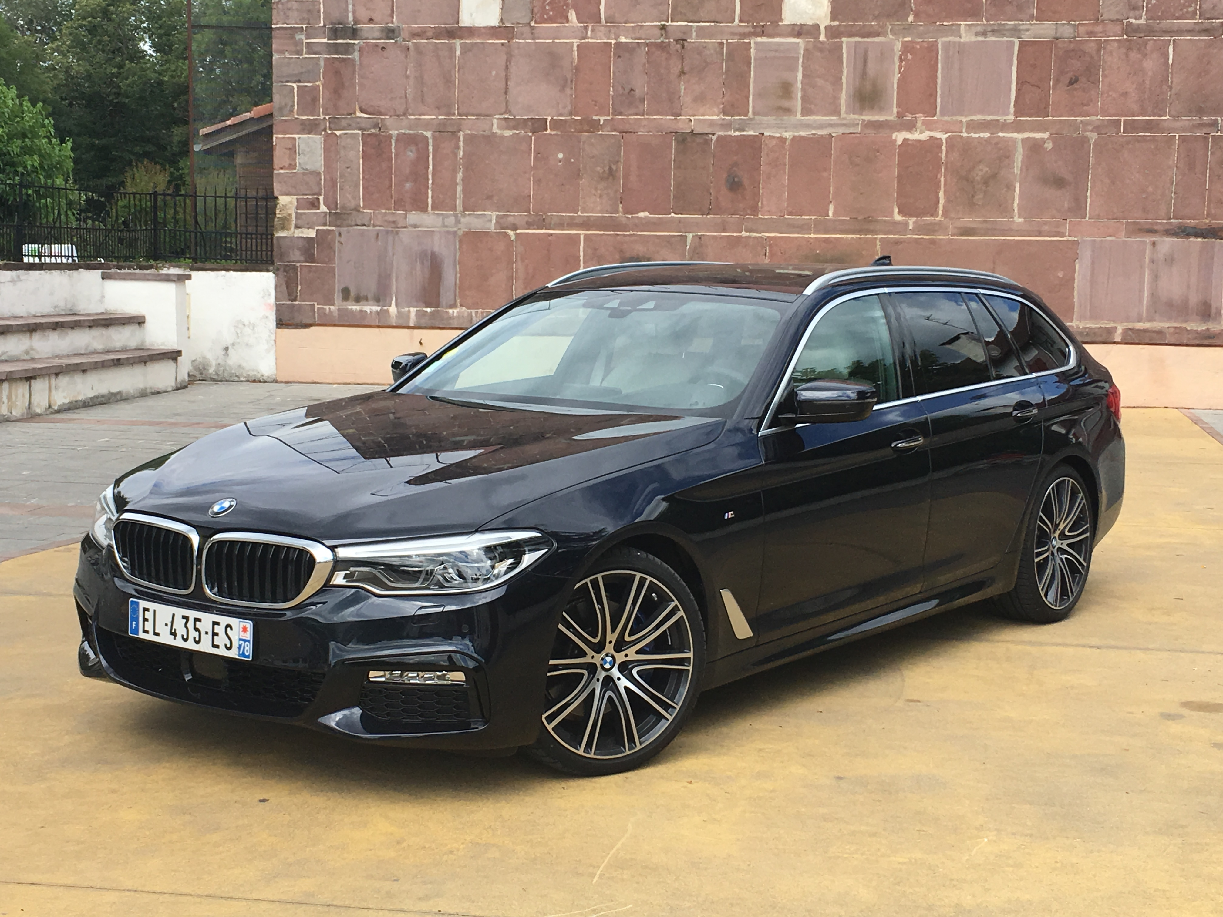 bmw s rie 5 touring les premi res images de l 39 essai en live et les impressions de conduite. Black Bedroom Furniture Sets. Home Design Ideas