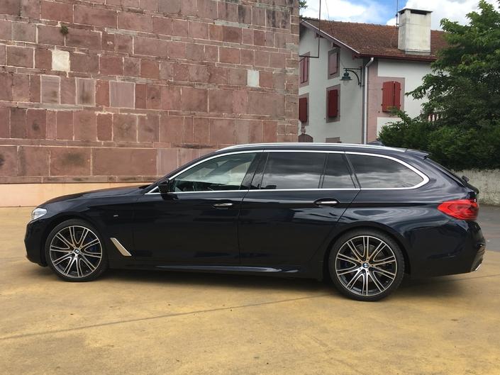BMW Série 5 Touring : les premières images de l'essai en live et les impressions de conduite.