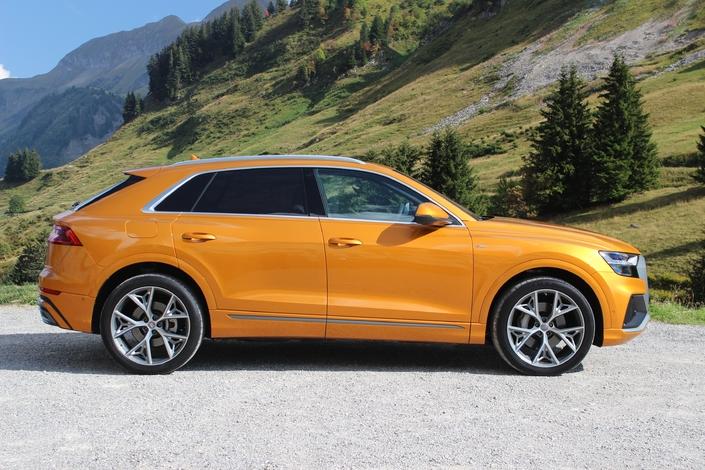 Essai vidéo - Audi Q8 : sportif des beaux quartiers