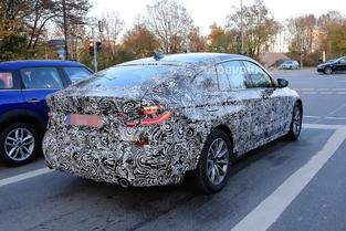 Surprise : la future BMW Série 6 GT montre son regard