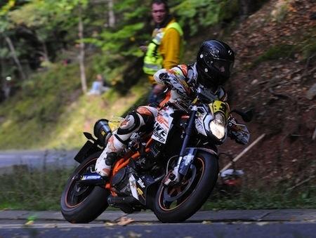 Dark Dog Moto Tour 2013, round 1: Bouan prend l'avantage dès la première journée