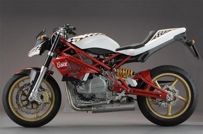 CR&S ou l'art de faire des motos sur mesure...
