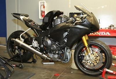 Superbike: Lavilla seul chez Stobart, mais avec quelle CBR ?