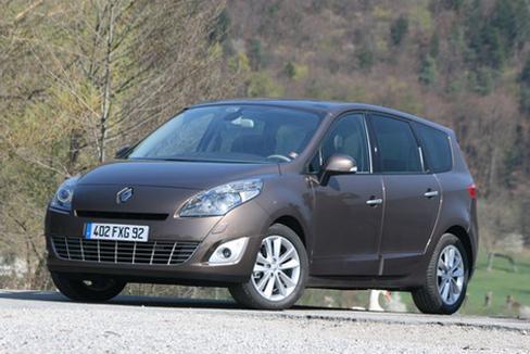 Essai vidéo - Renault Grand Scénic 3 : à l'assaut du C4 Picasso
