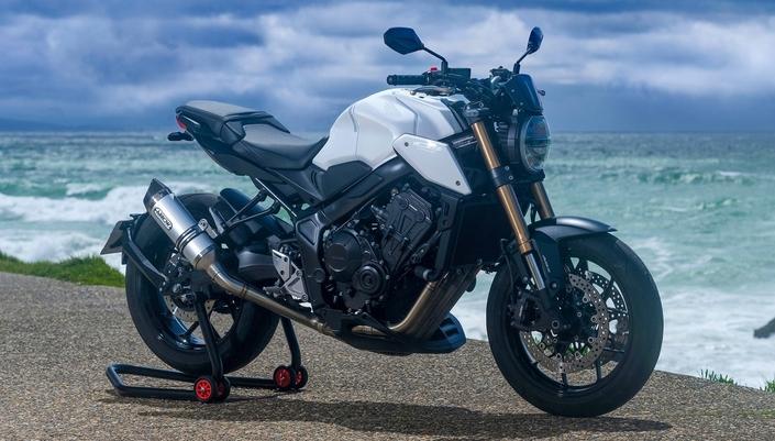 CB650R WHITE EDITION por 3C Motos, Anglet, França