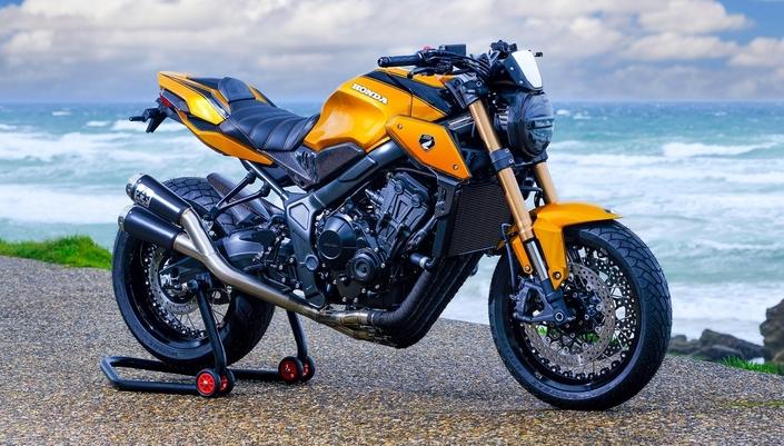 CB650R KarbOne EDITION da AZ Moto, Rouen, França