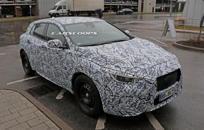 Surprise : la future Infiniti Q30 de plus près