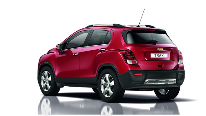 toutes les nouveaut s du mondial 2012 chevrolet trax outsider. Black Bedroom Furniture Sets. Home Design Ideas