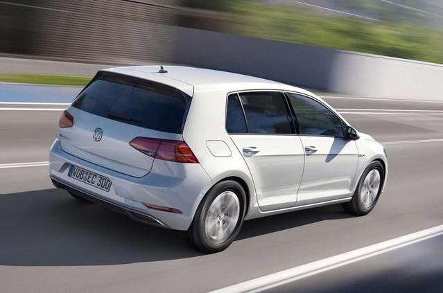 Salon de Los Angeles 2016 : la Volkswagen e-Golf gagne en autonomie
