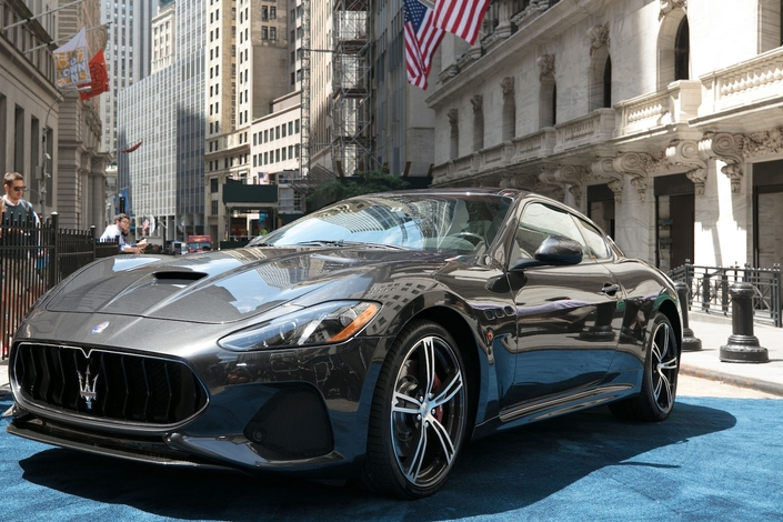 Maserati donne un léger restylage à la GranTurismo