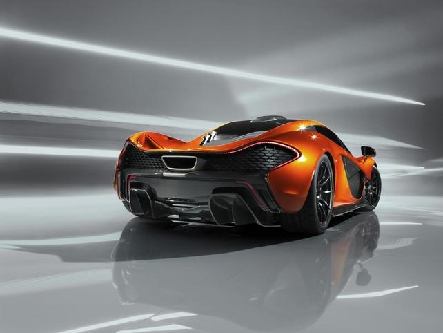 Mondial de Paris 2012 : trop rapide, la McLaren P1 s'enfuit sur la Toile