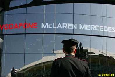 Formule 1: McLaren dément tout retour d'Alonso