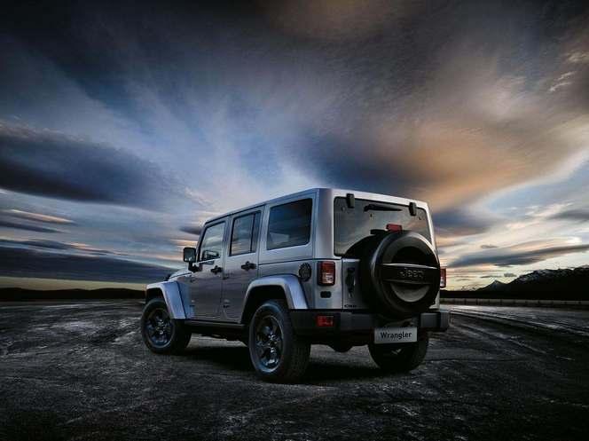 Salon de Genève 2015 - Jeep Wrangler Black Edition II, le minimaliste