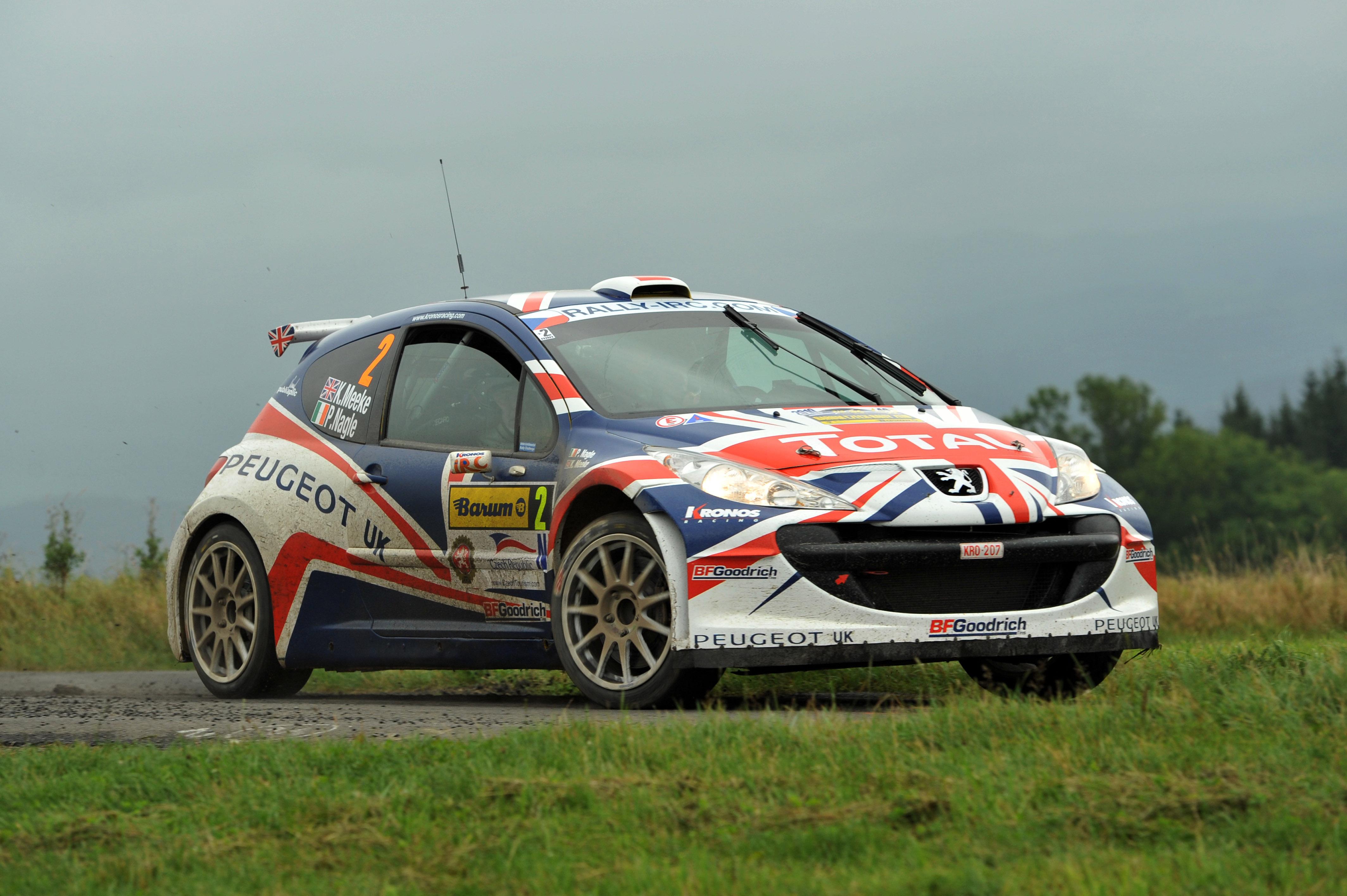 S0-La-Peugeot-207-S2000-Evolution-va-ent