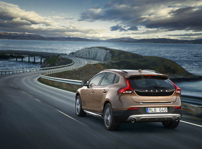 Mondial de Paris 2012 - Nouvelle Volvo V40 Cross Country