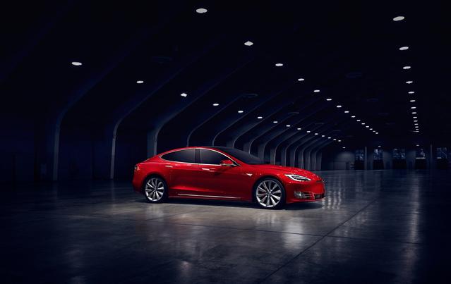 Électriques: pas de bonus pour les voitures haut de gamme, êtes-vous d'accord?