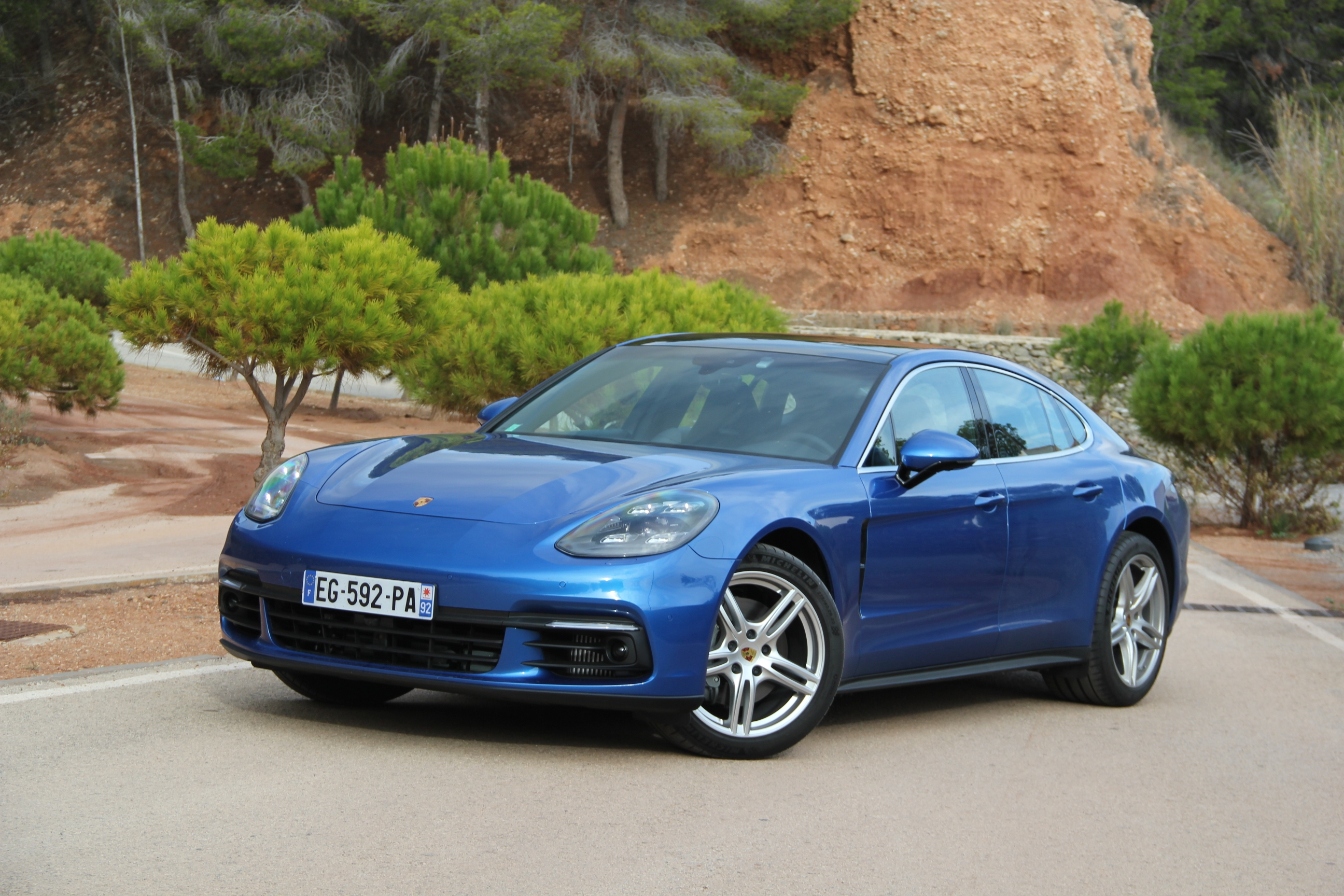 Essai vid o porsche panamera 2 m tamorphos e - Porsche panamera 5 portes ...