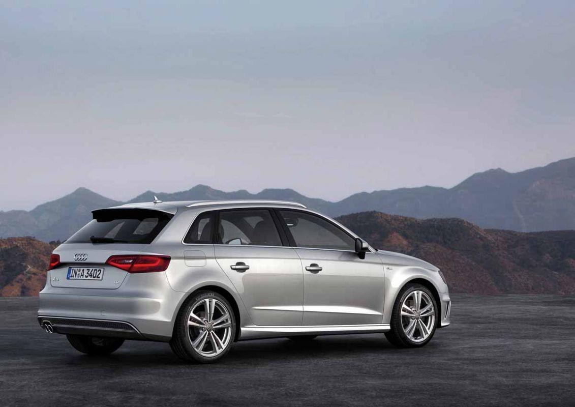 http://images.caradisiac.com/images/1/1/7/0/81170/S0-Mondial-de-Paris-2012-Voici-la-nouvelle-Audi-A3-Sportback-272262.jpg