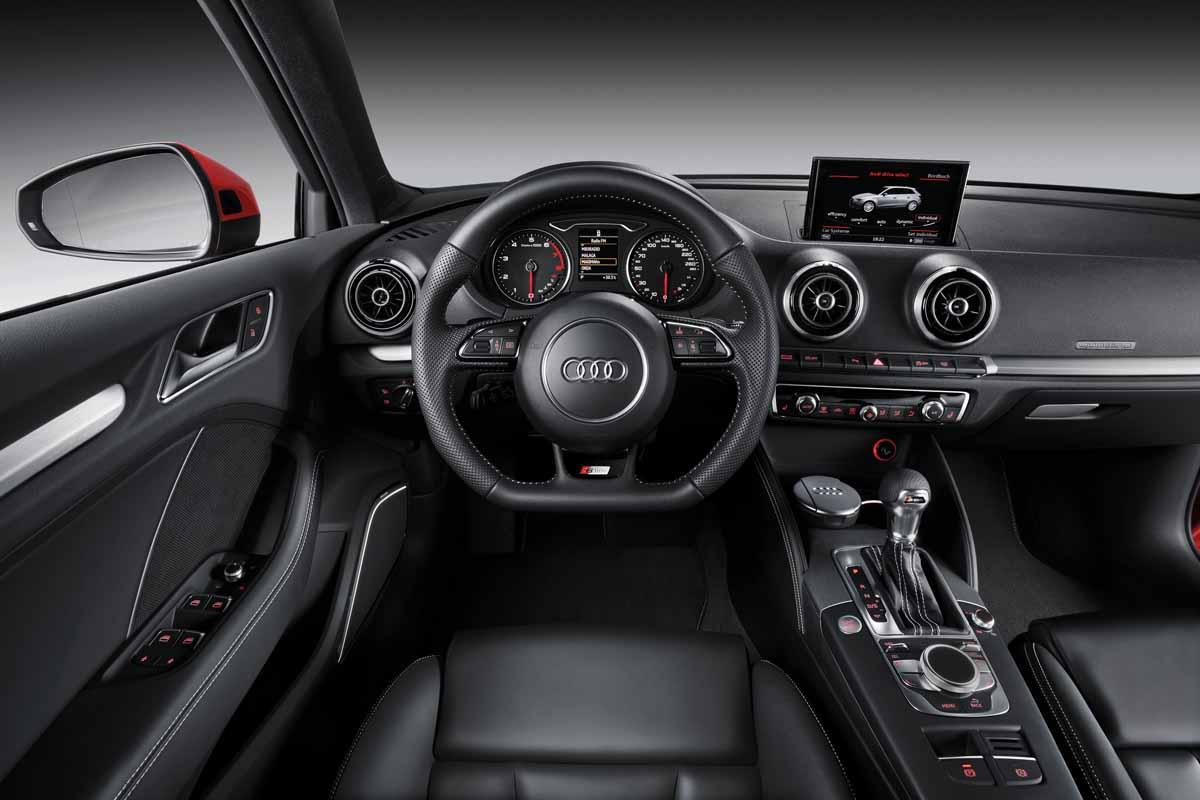 http://images.caradisiac.com/images/1/1/7/0/81170/S0-Mondial-de-Paris-2012-Voici-la-nouvelle-Audi-A3-Sportback-272266.jpg