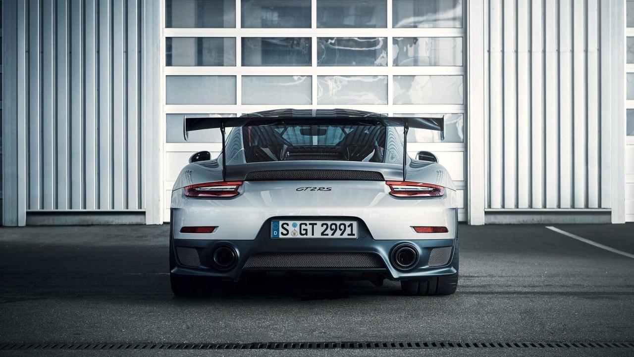 2015 - [Porsche] 911 Restylée [991] - Page 11 S0-voici-les-premieres-photos-de-la-porsche-gt2-rs-522385