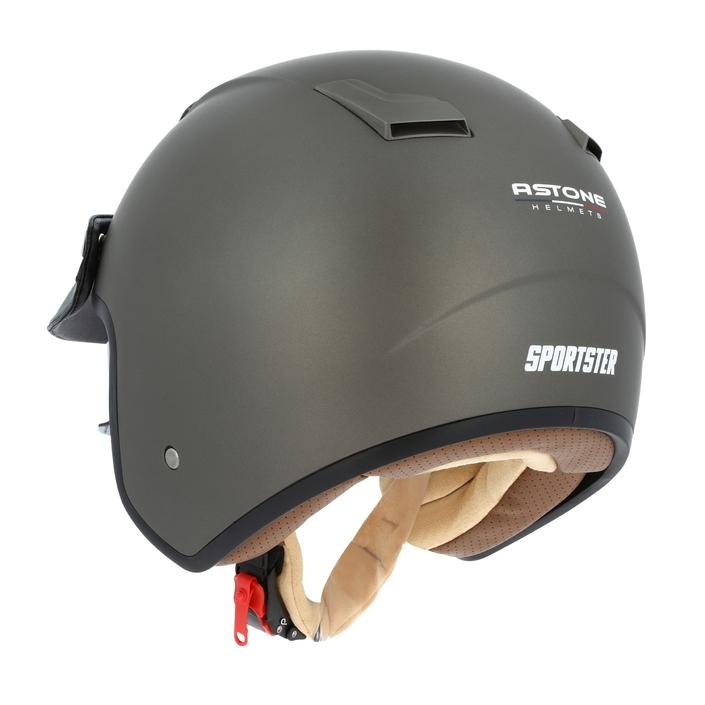 Astone Sportster 2: looké et bien placé