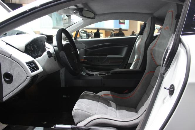 Aston Martin V12 Vantage S GT3 : gentleman driver - En direct du Salon de Genève 2015
