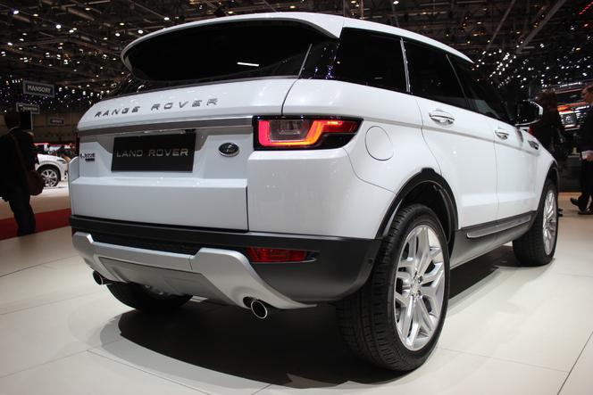 Range Rover Evoque restylée : légère mise à jour - Vidéo en direct du Salon de Genève 2015