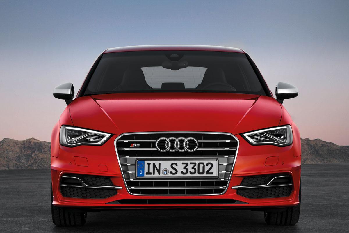 http://images.caradisiac.com/images/1/2/0/1/81201/S0-Mondial-de-Paris-Nouvelle-Audi-S3-c-est-elle-272589.jpg