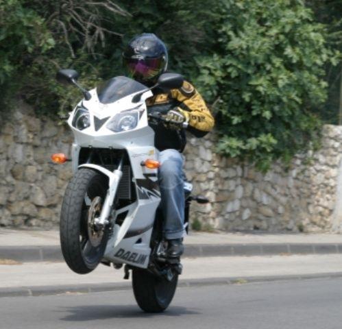 Rappel : Un nouveau moteur pour la Roadsport
