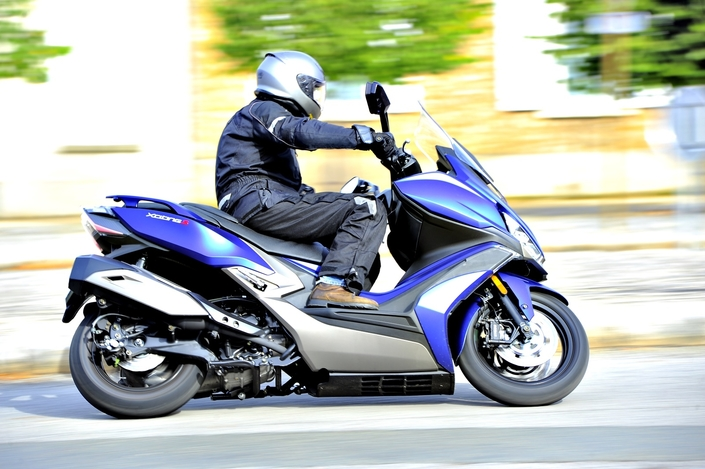 Essai Kymco X-Citing 400i S - Made in techno
