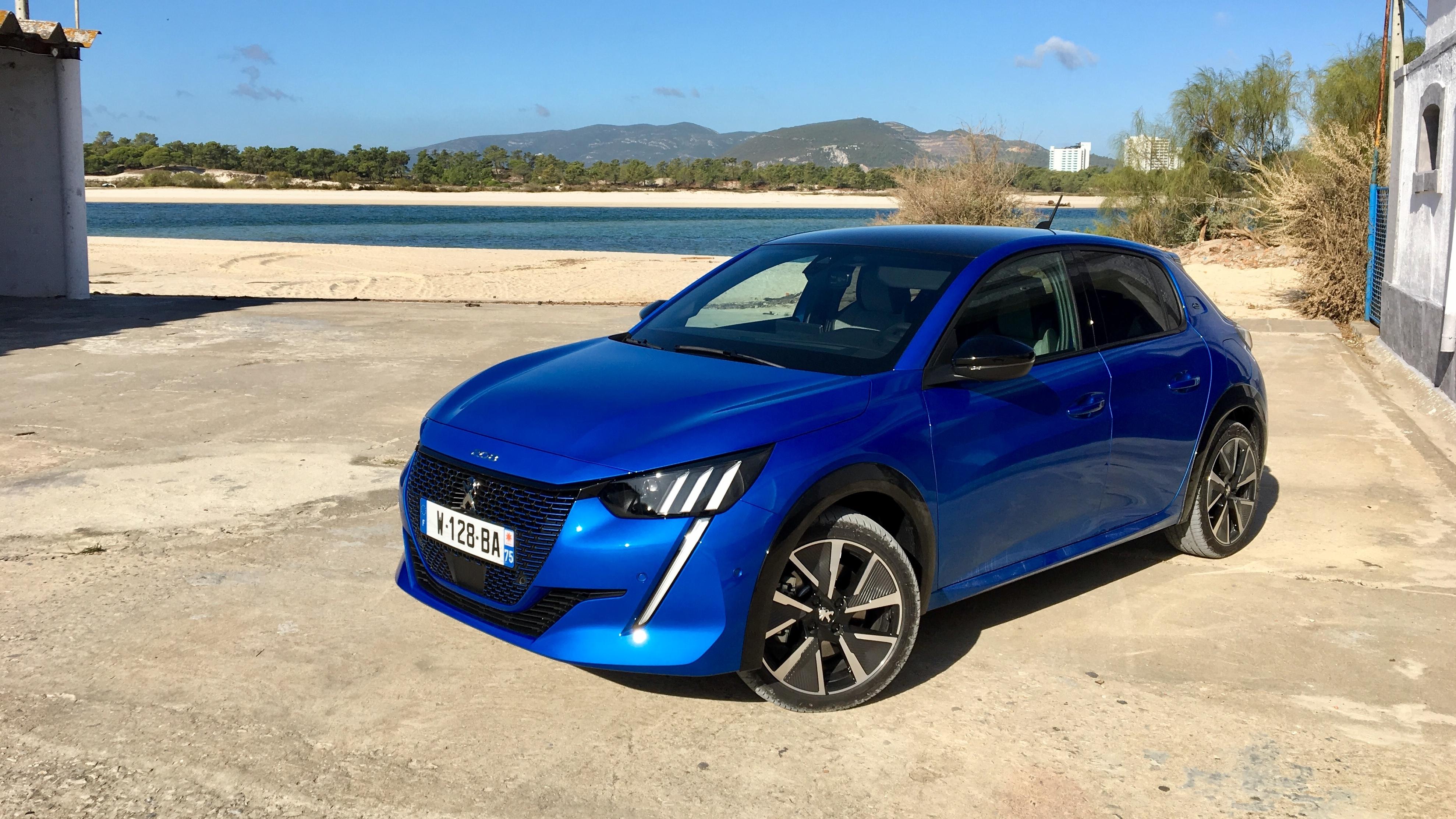 Essai Xxl Peugeot 208 Tout Savoir Sur La Voiture De L Annee 2020