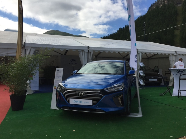 Le stand Hyundai- Vidéo en direct du Salon de Val d'Isère 2017