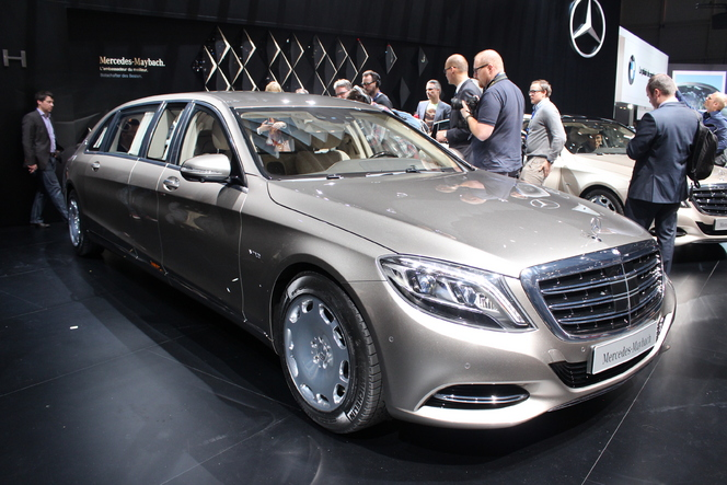 Mercedes Maybach S600 Pullman : Super S - En direct du salon de Genève 2015