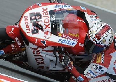 Superbike - Brno: Fabrizio s'inquiète du niveau de l'Aprilia