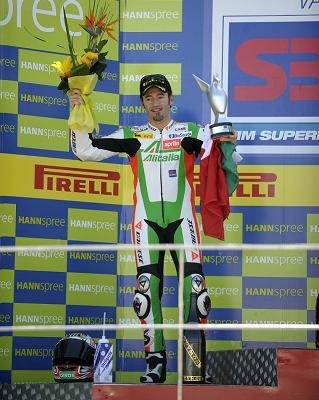 Superbike - Valence: Deux podiums pour Biaggi