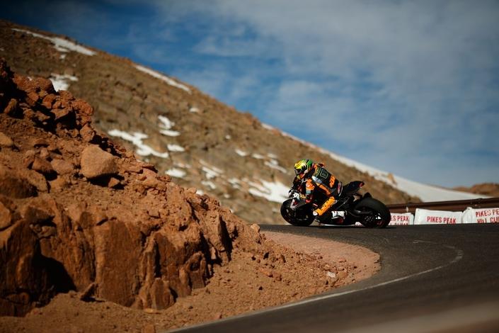Pikes Peak 2017: la KTM Super Duke y inscrit ses lettres de noblesse