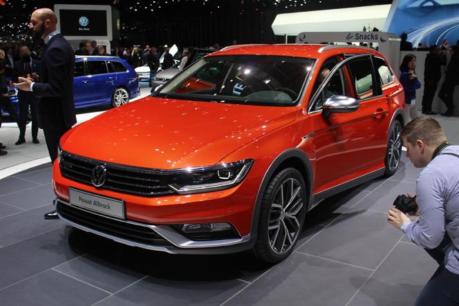 Volkswagen Passat Alltrack Pas Qu Un Look En Direct Du