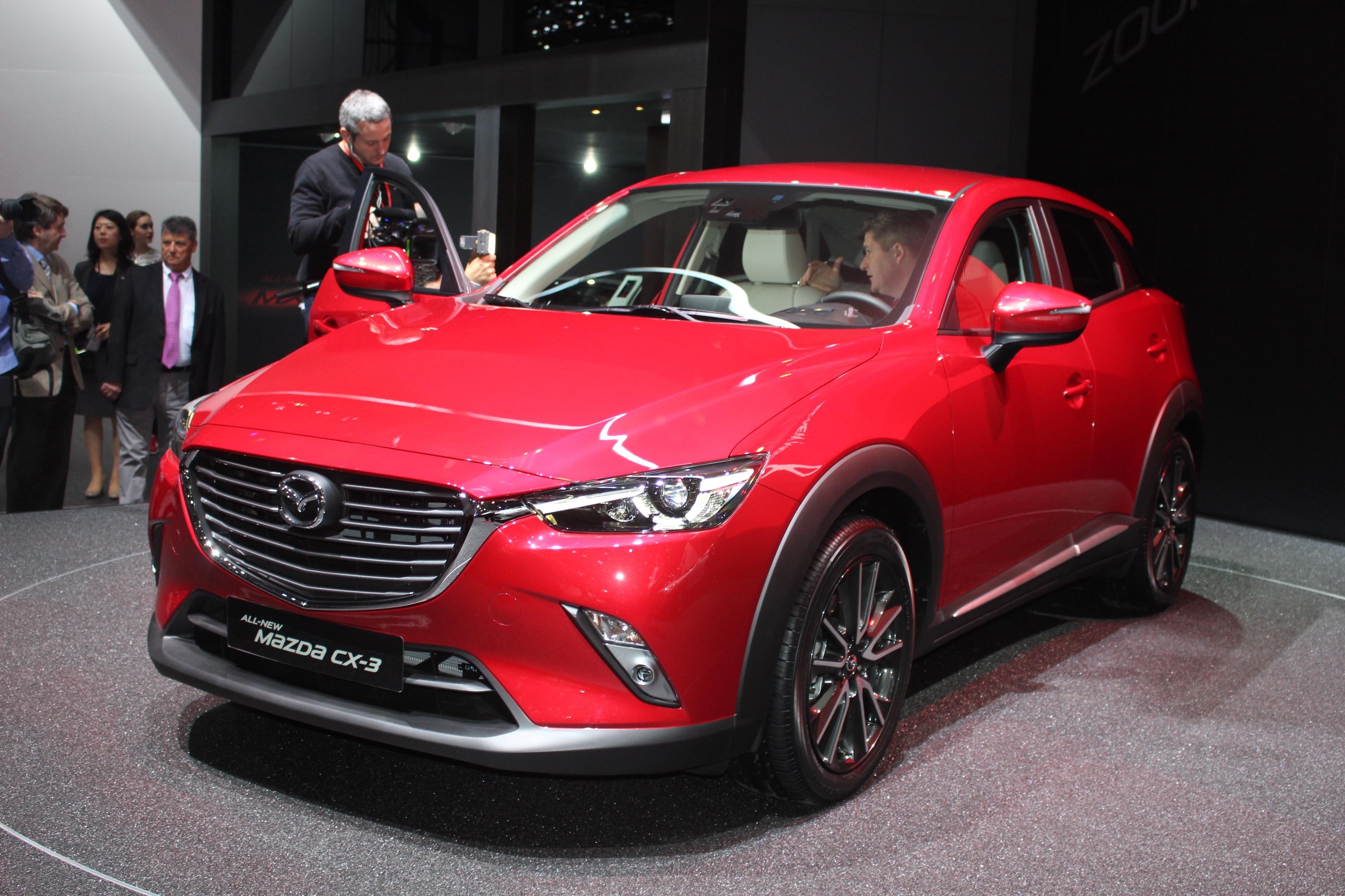 Mazda cx 3 redoutable vid o en direct du salon de gen ve 2015 - Salon de geneve 2015 billet ...