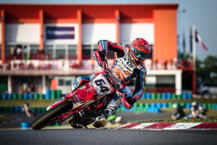Championnat de France de Supermotard: Bidart roi de Magny-Cours