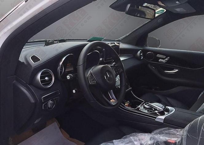 Surprise : voici l'intérieur du Mercedes GLC