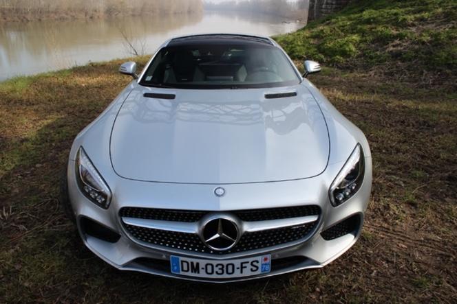 La Mercedes AMG GT arrive en concession : faut-il changer ses habitudes ?