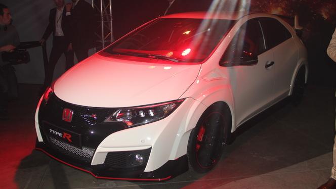 Honda Civic Type R et NSX : va y'avoir du sport ! - Vidéo en direct du salon de Genève 2015