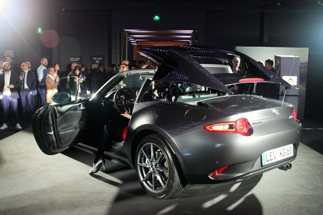 Présentation vidéo - Mazda MX-5 RF 2017, le coupé targa