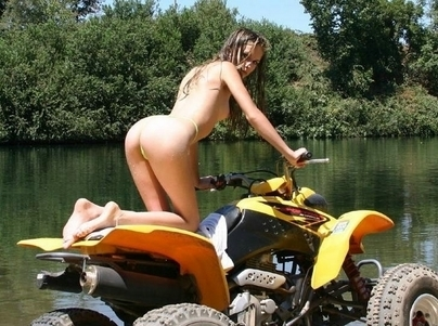 Moto & Sexy : un Koh Lanta en Quad ?