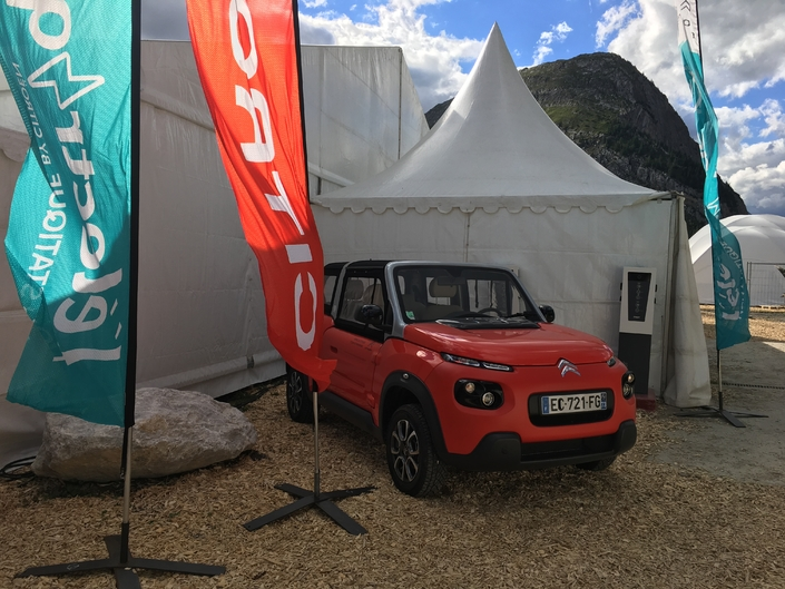 Le stand Citroën - Vidéo en direct du Salon de Val d'Isère 2017