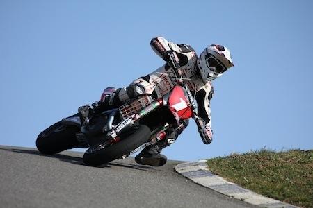Championnat de France supermotard 2012: interview de Sylvain Bidart à la veille du début des hostilités...