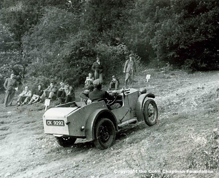 Lotus recherche sa première voiture