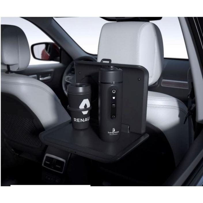 En accessoire, chez Renault, on trouve la cafetière Handpresso prévue pour un usage auto. A quand son intégration complète dans une voiture ?